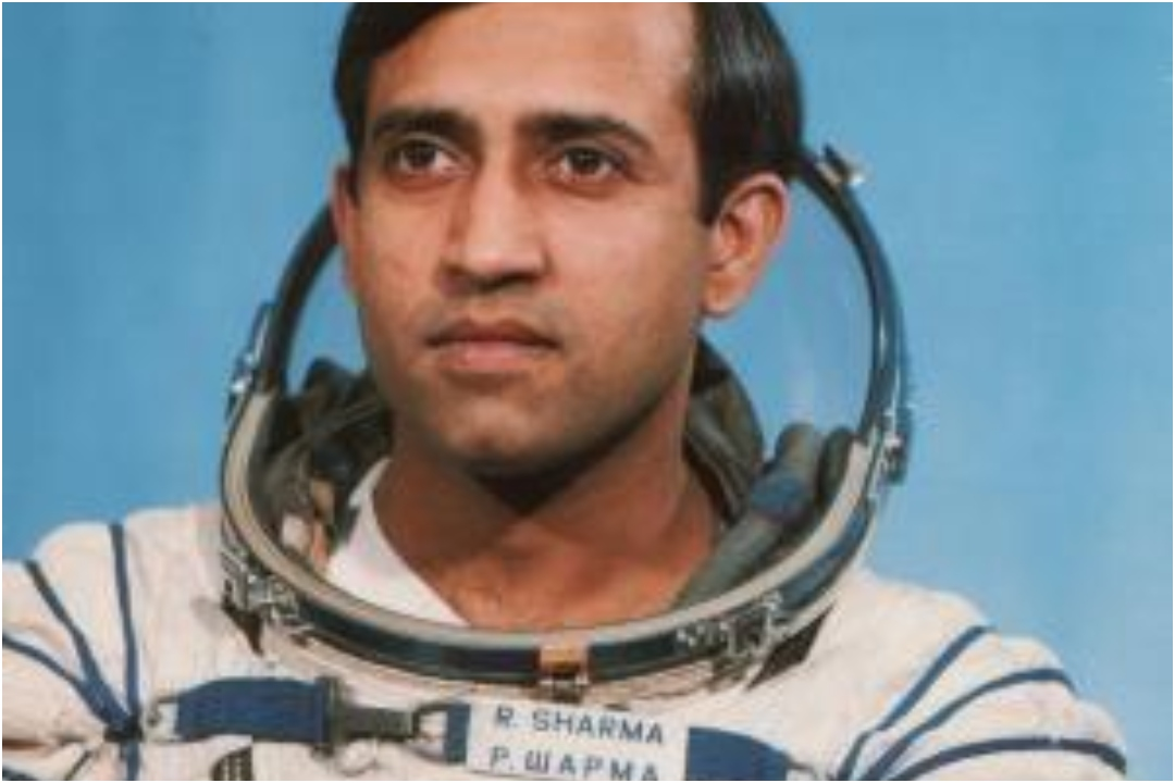 Rakesh Sharma, NewsMobile, NewsMobile India